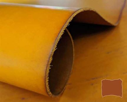 VEG TANNED DOUBLE SHOULDER GOLD #377 3.0/3.2MM LEATHER FROM TUSCANY ITALY.